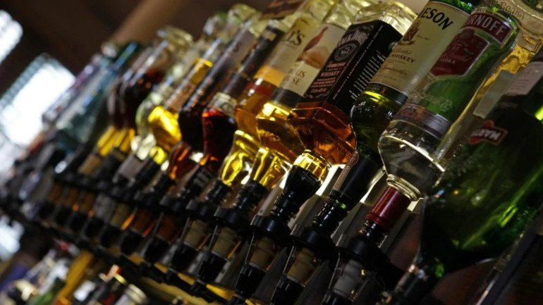 Madhya Pradesh to allow purchase of foreign liquor online, BJP says govt delivering liquor at doorstep 1