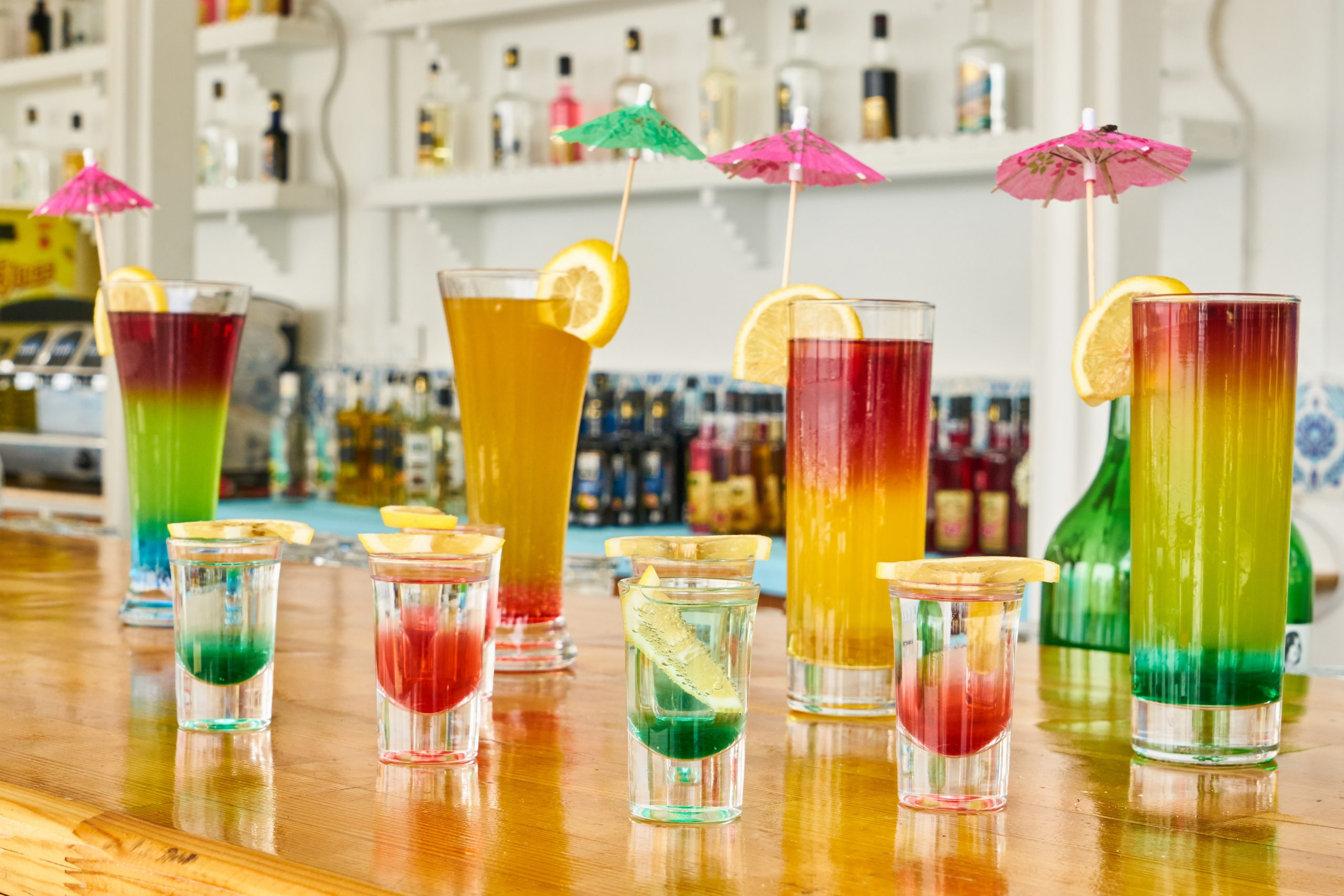 clear-drinking-glasses-2531188