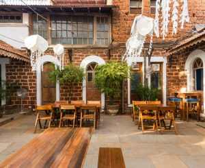 Top best 5 coolest bars in Goa! 5