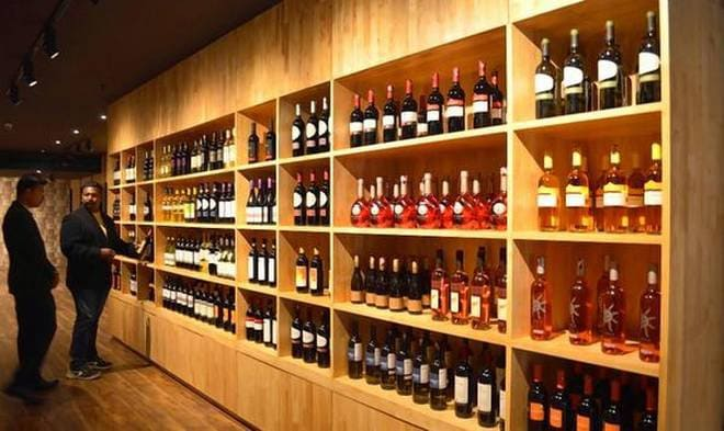 Punjab Govt : Small stores can now sell foreign liquor too 1