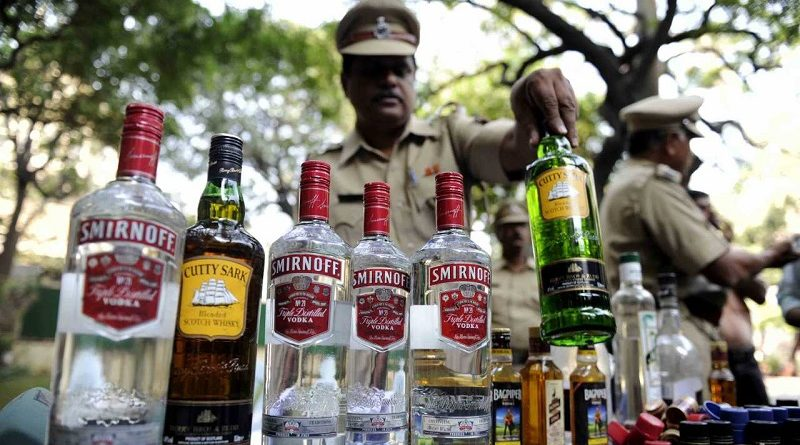 Gang of 4 smuggling alcohol arrested 1