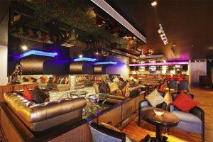 4 Must visit bars in Kerala 5