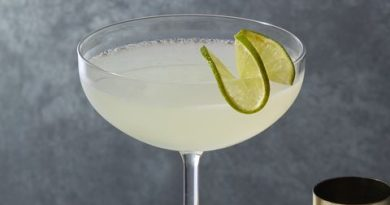 Try and fall in love with this Dailquiri drink 9
