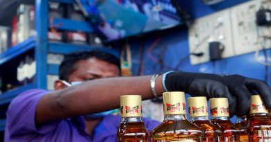 Maharashtra govt. allows home delivery of alcohol 3