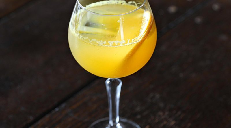 How to Make The Best Mimosa cocktail 1