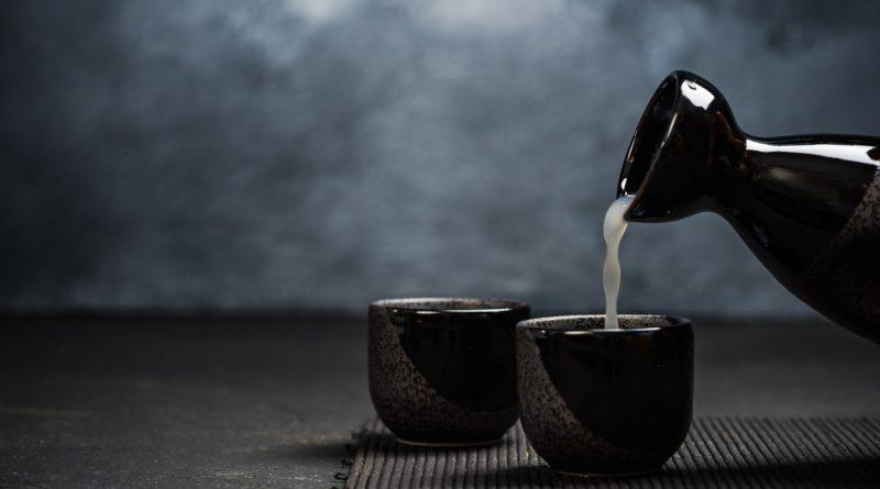 How to drink Japanese Sake hot or cold  ? Kanpai! 4