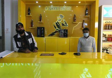 Premium liquor shop opens in Noida 36