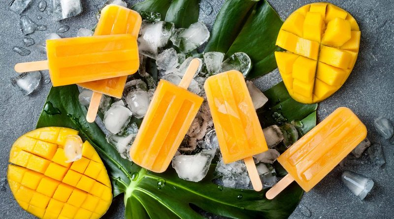 Sitting at home, try these mango cocktails this summer 16