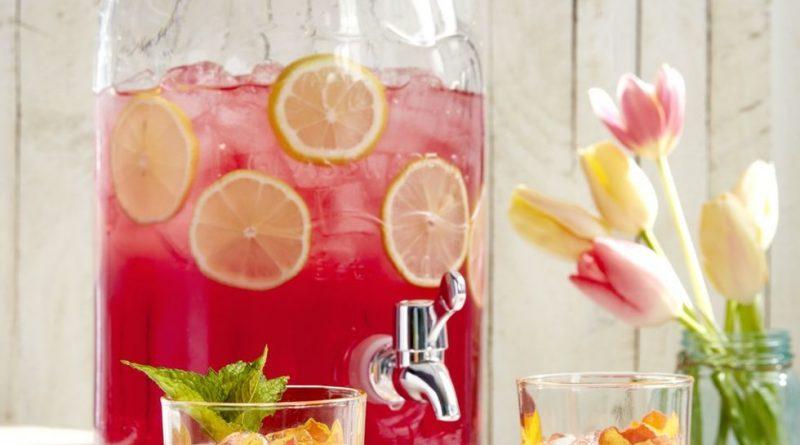 Refreshing summer cocktails 1